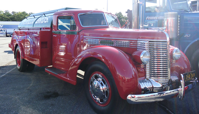 convoy-show-antique-class